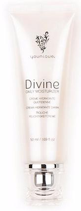 divine-daily-moisturiser-2015-e1501774417449.jpg